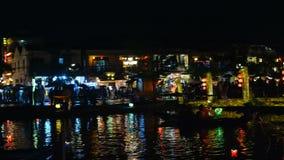 Ciudad de Hoi An en la noche