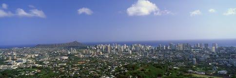 Ciudad de Honolulu y de Diamond Head Volcano, Oahu, Hawaii imágenes de archivo libres de regalías