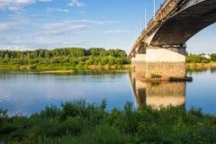 Ciudad de Kirov, el puente viejo a través del río de Vyatka Foto de archivo libre de regalías