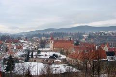 Ciudad de Krumlov Paisajes de la República Checa de la naturaleza checa del invierno y de un panorama de la ciudad checa medieval Imagen de archivo