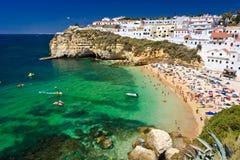 Ciudad de la costa en Portugal Imagenes de archivo