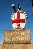 Ciudad de la cresta de Londres fotos de archivo