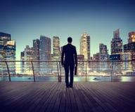 Ciudad de la escena de Corporate Cityscape Urban del hombre de negocios que construye Concep Foto de archivo libre de regalías