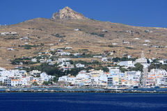Ciudad de la isla de Tinos Foto de archivo