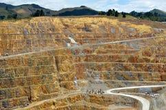 Ciudad de la mina de oro de Waihi - Nueva Zelanda Foto de archivo