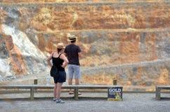 Ciudad de la mina de oro de Waihi - Nueva Zelanda Foto de archivo libre de regalías