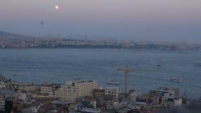 Ciudad de la nave del mar de la puesta del sol almacen de metraje de vídeo