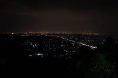 Ciudad de la noche de Yogyakarta imagen de archivo