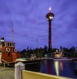 Ciudad de la noche Tampere, Finlandia Foto de archivo