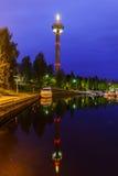 Ciudad de la noche Tampere, Finlandia Imágenes de archivo libres de regalías