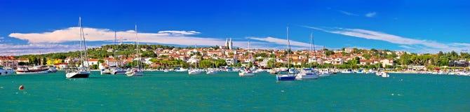 Ciudad de la opinión panorámica de la costa de Medulin fotografía de archivo libre de regalías
