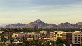 Ciudad de la parte alta de la opinión del paisaje urbano de Phoenix del centro de la ciudad metrajes