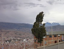 Ciudad de La Paz vista del alto del EL Imagen de archivo