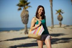 Ciudad de la playa de la mujer Fotografía de archivo libre de regalías