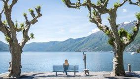 Ciudad de Locarno con vistas al lago Maggiore, Tesino, Suiza imagenes de archivo