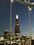 Ciudad de Londres por noche foto de archivo