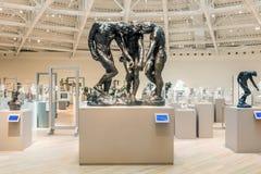CIUDAD DE MÉXICO - 1 DE NOVIEMBRE DE 2016: Las tres sombras por Rodin dentro del interior de Soumaya Museum Imagenes de archivo