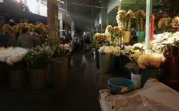 Ciudad de México, México 11 de diciembre de 2017: El mercado Mercado de Jamaica de la flor en Ciudad de México Imagen de archivo libre de regalías