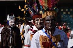 Ciudad de México, México 12 de diciembre de 2017: Los peregrinos celebran las festividades en la basílica de Guadalupe Fotos de archivo libres de regalías