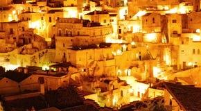 Ciudad de Matera en el nigth Imágenes de archivo libres de regalías