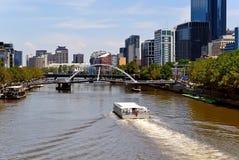 Ciudad de Melbourne y río de Yarra, Australia Foto de archivo libre de regalías