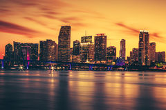 Ciudad de Miami en la puesta del sol Fotos de archivo libres de regalías