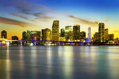Ciudad de Miami por noche Foto de archivo libre de regalías
