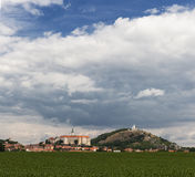 Ciudad de Mikulov, Moravia del sur República Checa Imágenes de archivo libres de regalías