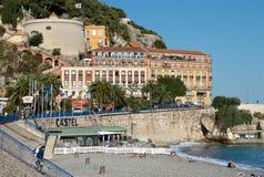 Ciudad de Niza - arquitectura a lo largo de Promenade des Anglais Foto de archivo
