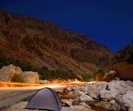 Ciudad de Omán, cascada del shaab del lecho de un río seco Fotografía de archivo