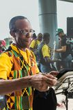 Ciudad de Panamá, Panamá, el 15 de agosto de 2015 Primer del músico afroamericano foto de archivo