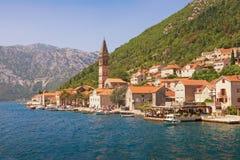 Ciudad de Perast Montenegro Bahía de Kotor, Montenegro Imagenes de archivo