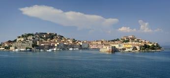Ciudad de Portoferraio en Italia imagen de archivo