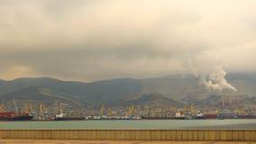 Ciudad de puerto de la costa de Novorossiysk Imagenes de archivo