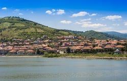 Ciudad de puerto Orsova en el río Danubio Imagen de archivo