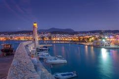 Ciudad de Rethymno en la isla de Crete en Grecia imágenes de archivo libres de regalías