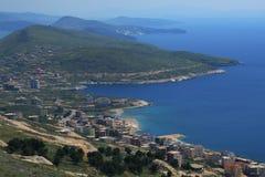 Ciudad de Saranda en Albania Foto de archivo