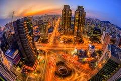 Ciudad de Seul y horizonte céntrico en Seul, Corea del Sur Fotos de archivo libres de regalías