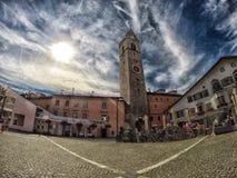 Ciudad de Sterzing/Vipiteno en Italia Foto de archivo