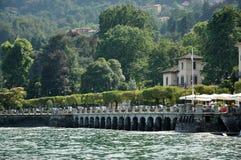 Ciudad de Stresa en el lago Maggiore Imagenes de archivo