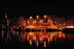 Ciudad de Tromso por noche Fotografía de archivo
