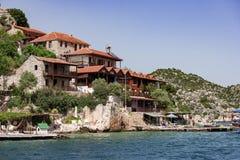 Ciudad de vacaciones en la costa Foto de archivo libre de regalías