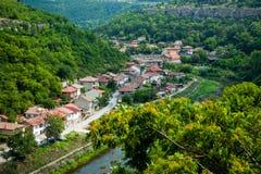 Ciudad de Veliko Tirnovo (Tarnovo) en Bulgaria foto de archivo libre de regalías