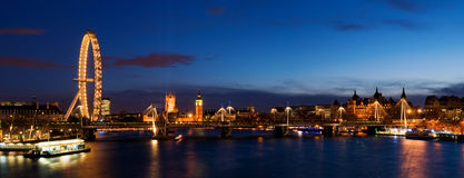 Ciudad de Westminster en el crepúsculo. fotografía de archivo