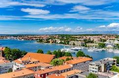 Ciudad de Zadar de la torre dalmatia Croacia foto de archivo libre de regalías