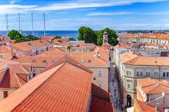 Ciudad de Zadar de la torre dalmatia Croacia fotos de archivo libres de regalías