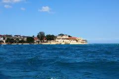 Ciudad de Zanzibar: opinión de océano imágenes de archivo libres de regalías