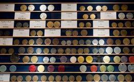 CIUDAD de ZATEC, REPÚBLICA CHECA - 8 de marzo de 2016: Colección de saltos Imágenes de archivo libres de regalías