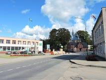 Ciudad de Zemaiciu Naumiestis, Lituania Foto de archivo libre de regalías