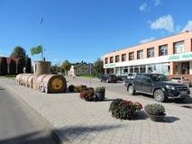 Ciudad de Zemaiciu Naumiestis, Lituania Foto de archivo